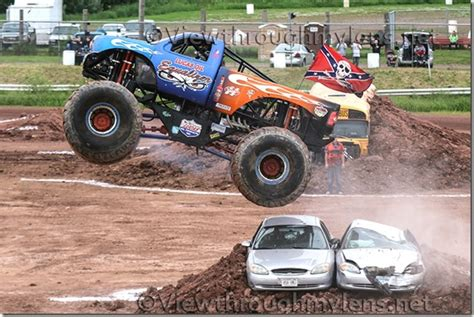 what time does the monster truck show start monster truck photos proctor speedway proctorspeedway