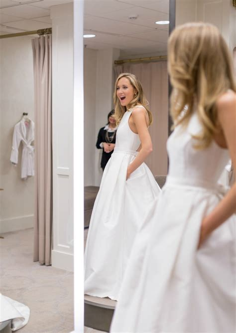 White Wedding Gown Shopping by Wedding Dress Shopping Tips What To Beforehand