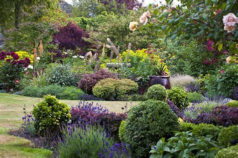 Welcome to Victorian Garden Tours   Victorian Garden Tours