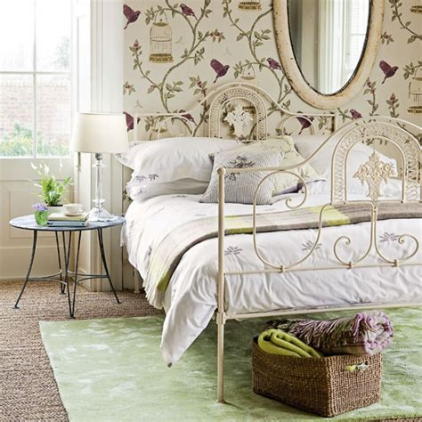 Country Themed Bedroom by Friday S Country Style Blossoms Room Envy