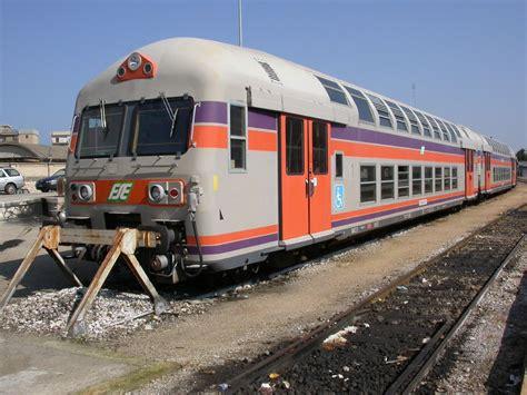 carrozze treni in vendita il treno nella storia le carrozze a due piani prima