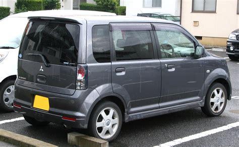 mitsubishi ek wagon 2008 file 2001 2004 mitsubishi ek sport rear jpg wikimedia
