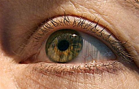 imagenes de ojos zoom high tech contact lenses zoom with a wink of an eye