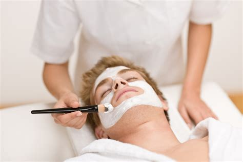 best facial treatment for men top spa treatments for the men of today aspirantsg