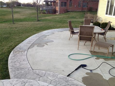 How To Seal Concrete Patio by How To Seal A Concrete Patio Simple Weekend Project