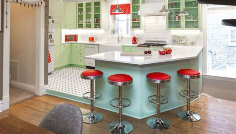 retro kitchen makeover this retro kitchen makeover will make you nostalgic for