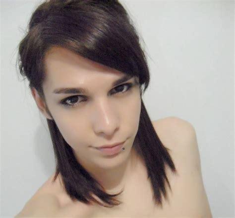 feminine boys very long hair transgender hairstyles boys feminine boy feminine boy hair