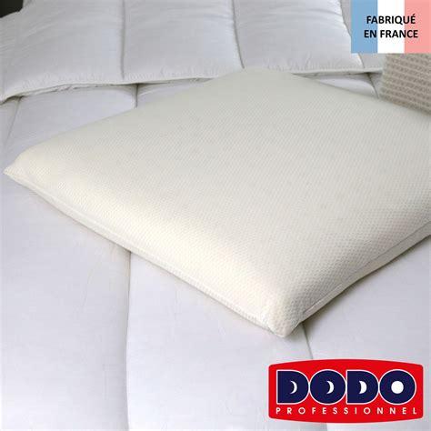 oreillers memoire de forme oreiller memory 224 m 233 moire de forme dodo standard textile