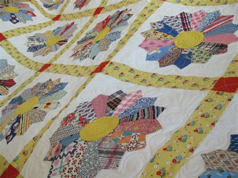 alipyper grandma lavelle s dresden plate quilt