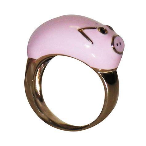 pig ring jewelry