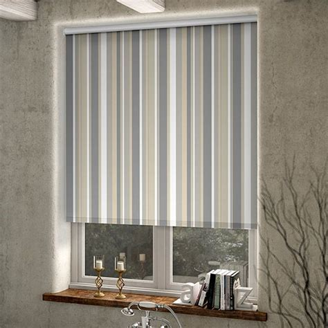 red bathroom blinds best 25 nautical roller blinds ideas on pinterest tie