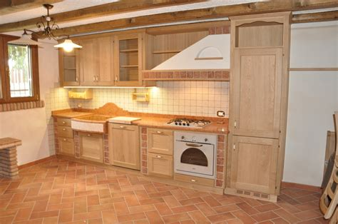 cucine rustiche in legno cucine rustiche in muratura e legno cucine in muratura