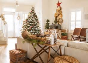 country home christmas decorating ideas rustic christmas decorating ideas canadian log homes decor