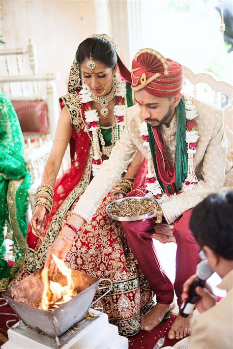 dazzling traditional hindu wedding ceremony in emerald