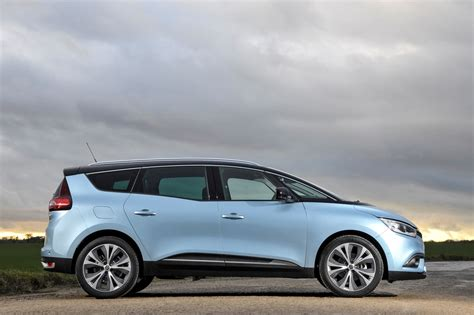 scenic renault renault grand scenic estate review 2016 parkers