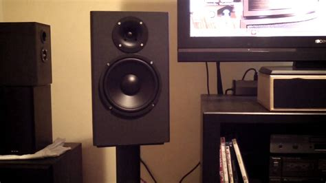 speaker review large horn loaded 8 quot bookshelf