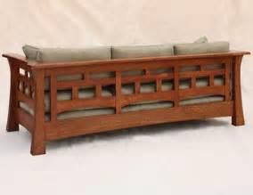 craftsman furniture sofa 17 best ideas about craftsman sofas on pinterest