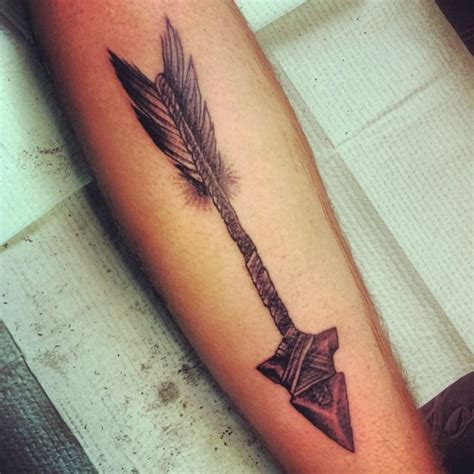 tribal war arrow tattoo tattoo ideas pickers