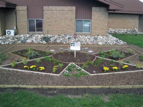 Garden Ideas For Schools Educators Youth Position Their Schools As Community Models Of Sustainability Msu Extension