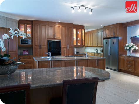 Red Glass Tile Kitchen Backsplash by How To Choose The Right Kitchen For Your House Life Style