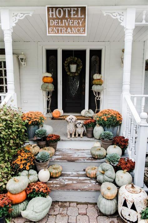 rustic fall farmhouse steps diy fall thanksgiving