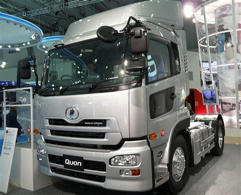 nissan truck diesel file nissan diesel quon truck 2007 jpg wikimedia commons