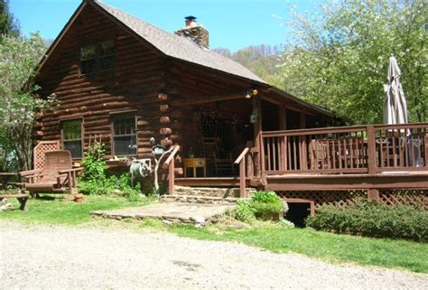 Cabin Houses For Sale by Log Cabins And Rustic Homes For Sale Special Finds