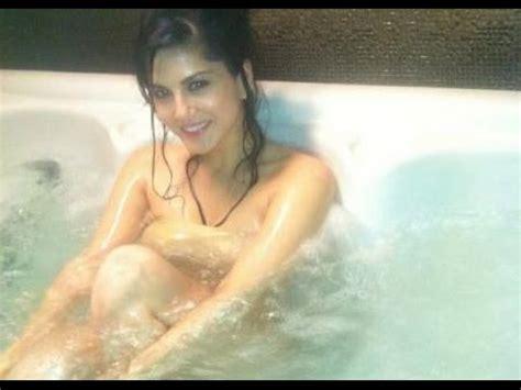 hot bathroom video sunny leone hot bathroom scene from ragini mms 2 hot youtube