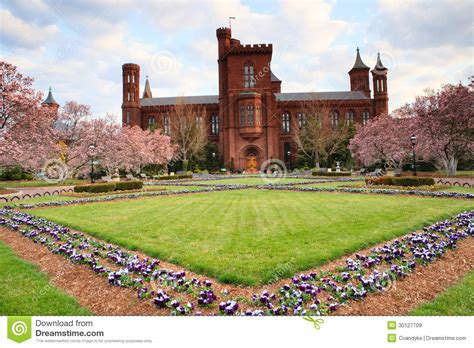 Garden Center Dc Smithsonian Magnolia Garden Washington Dc Royalty