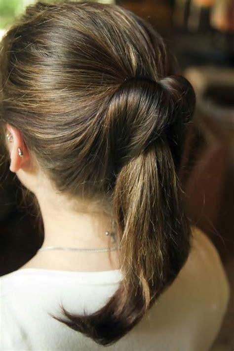 Kuncir Atau Pengikat Rambut 1 5 pilihan gaya rambut untuk ke kantor simomot