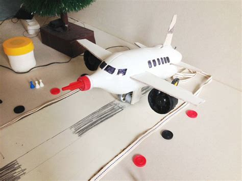 membuat pesawat mainan dari barang bekas 23 mainan dari botol bekas yang mudah dibuat beserta gambarnya