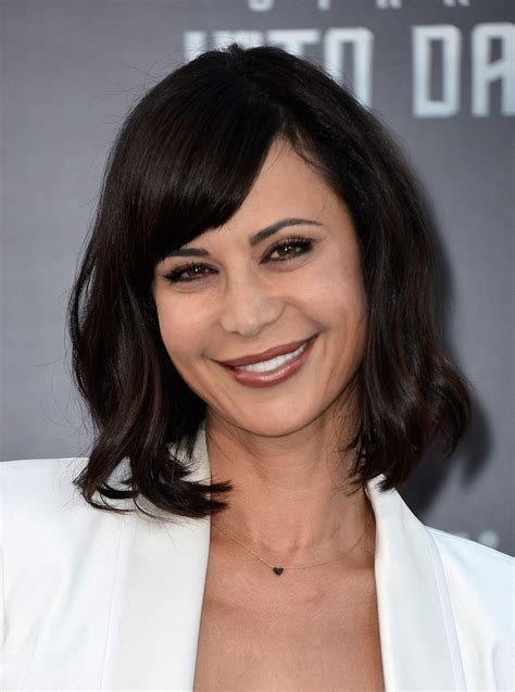 Catherine Bell Hairstyles by Catherine Bell Medium Wavy Cut With Bangs Shoulder