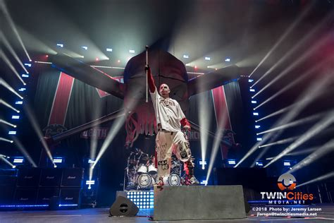 five finger death punch quad cities five finger death punch brings the rock to target center