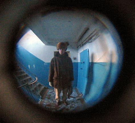 Apartment Door Peephole Door Peephole Apartment Www Pixshark Images