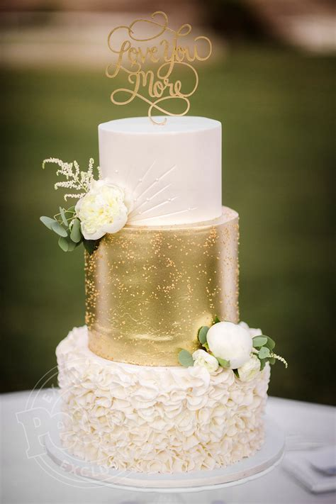 3 Tier Wedding Cake by Corbin Bleu Wedding Cake See The Three Tiered