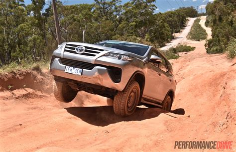 On Road Price Toyota Fortuner 2016 Toyota Fortuner Gx Review Performancedrive