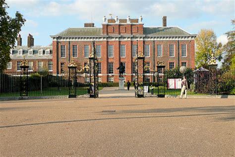 kensington palace london kensington palace royal london walk