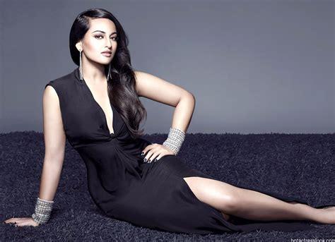 bollywood actress hot dress images sonakshi sinha hot and sexy unseen photos