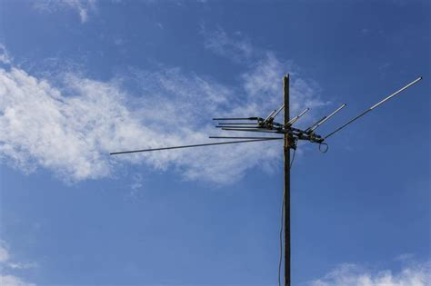 how to ground a tv antenna techwalla