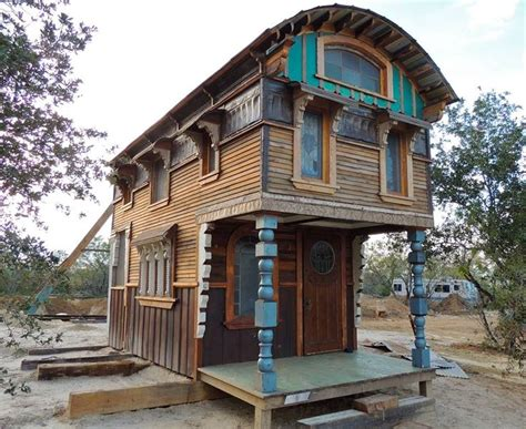 unique tiny houses best 25 tiny houses ideas on