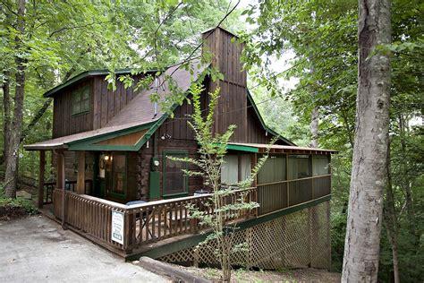 sleepy 2 bedroom cabin from hearthside cabin rentals