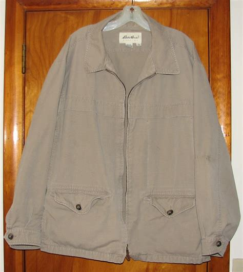 Jaket Zipper 2 This Is Not Sunday This Is Bhayangkara Fc the brownstone birding birding jackets from a second