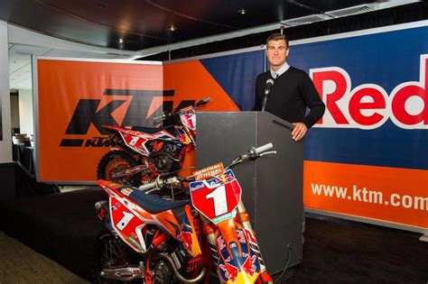 professional motocross racing ryan dungey retires from professional motorcycle racing