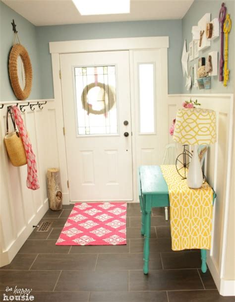 awesome room tours lake cottage style summer house tour 2014 and awesome giveaway the happy housie