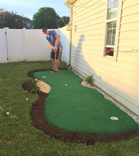 making a putting green in backyard 21 outrageously fun diy projects for your backyard