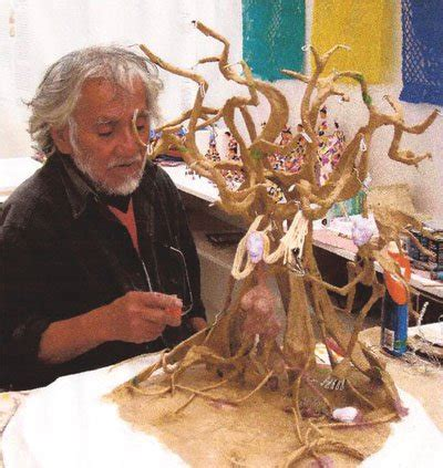 How To Make Paper Mache Sculptures - saulo moreno wire and papier mache sculptures
