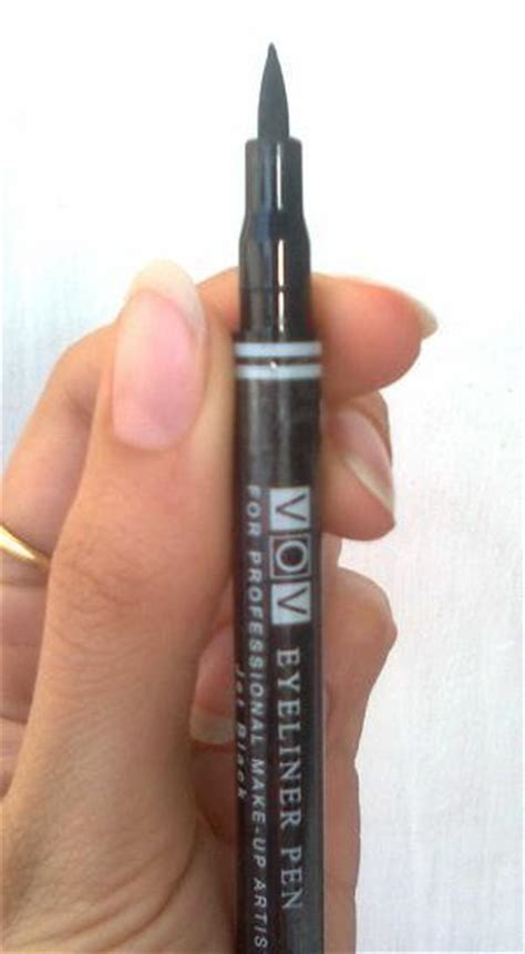 fashion scale eyeliner pens 2014 top tip available in india