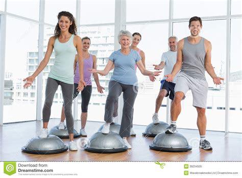 imagenes de personas haciendo ok people doing fitness exercise stock photography