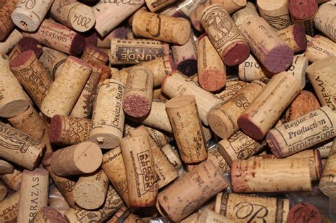 wine corks making a wine cork garland without using a drill