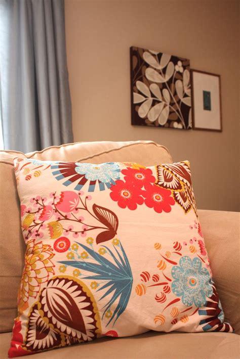 Zippered Pillow Covers - zippered pillow cover tutorial